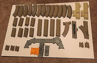 Thomas Trackmaster Take N Play Track Lot 63 Pieces Adapters Specialty Curved ++