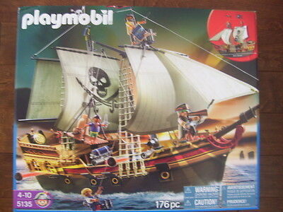 NEW Playmobil 5135 Pirates Ship -  Factory Sealed