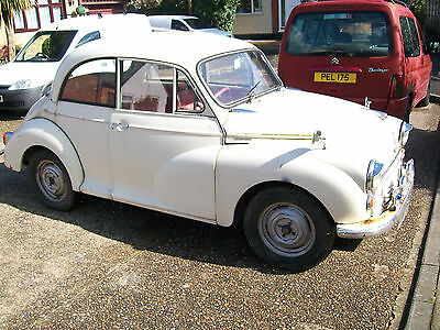 classic morris minor car, with old mot, paper work bills some tax dis, plus V5