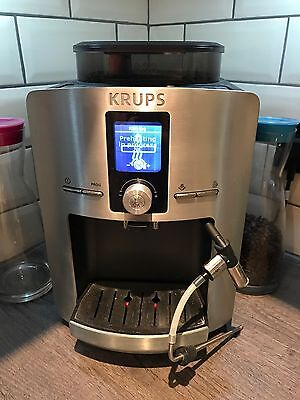 Krups EA8260 Espresseria Automatic bean-to-cup coffee machine with metal front
