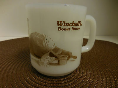 Winchell's Donut House Coffee Cup Mug Glasbake Milk Glass Vintage