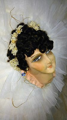 Exceptionnal authentic French ,boudoir doll, head ,for on pillow