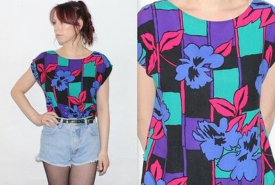 Vintage 1990's MULTI-COLOURED FLORAL PATTERNED T-Shirt Tee Top Size Medium