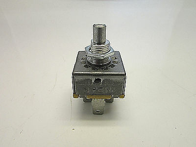 Indak Pat. No. 3.159.722 (3,159,722) 3159722 Heater Switch 3 Speed 5 leads 25A.