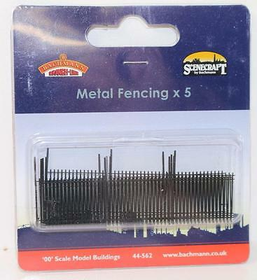 "OO 1:76 scale 44-562 Bachmann Scenecraft Metal Fencing ""Plastic""  New FNQHobbys"