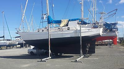 sailing yacht 36 ft. recently re con gear   will Trade on property up to $45.000
