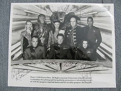1994 Babylon 5 Full Cast Photo Signed by All 8 Official Warner Bros Photo *READ*