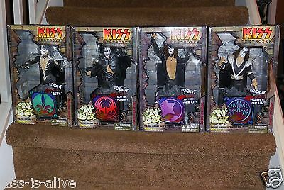 Kiss In the Box Figures