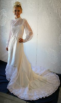 Stunning White Wedding Dress 70's Vintage Dramatic Train XS/S CLEAN!
