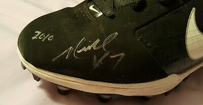 Michael Vick Eagles Autographed Game Used Game Worn Football Cleats - Psadna