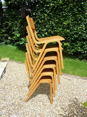 6 Vintage stacking chairs (100 available)