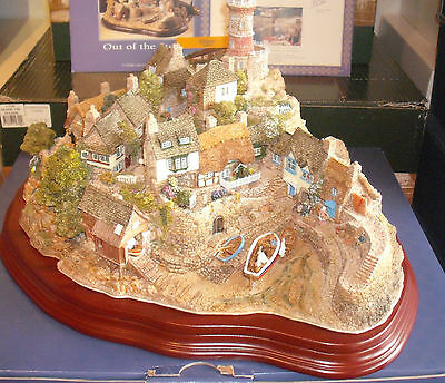 Lilliput Lane OUT OF THE STORM  OVP