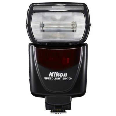 Nikon SB-700 Speedlight Camera Flash (SB700) with GEN NIKON WARR