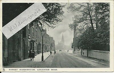 Vintage RP postcard of Leicester Road, Market Harborough