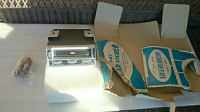 Vintage 1960's 70's Nos Idi Car Stereo 8 Track Tape Player # S-705A-1 Deluxe