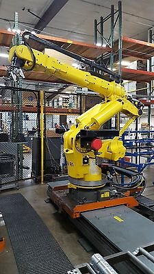 Fanuc 420 i-w Robot on 12ft Floor Slide with R-J2 Controller