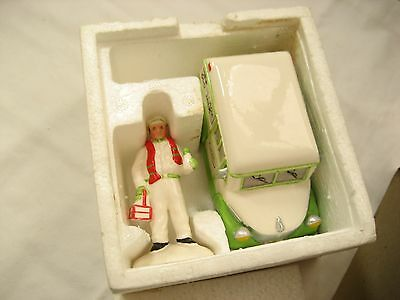 Department 56 Snow Babies HOME DELIVERY 5162-4