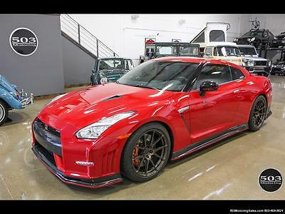 2016 Nissan GT-R  2016 Nissan GT-R NISMO, Solid Red w/ Only 1k Miles! Automatic 2-Door Coupe