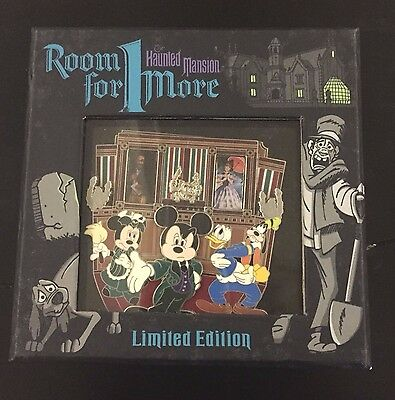 Disney Haunted Mansion Room For One More Event Jumbo Pin LE 250 RARE