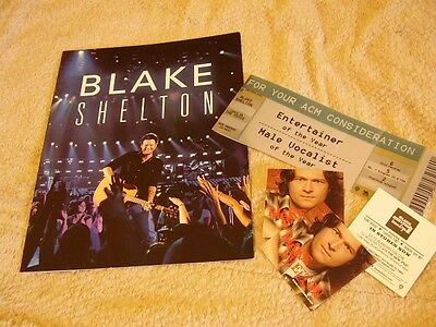 """Blake Shelton *24-Page Concert Tour Book For ACM Voters+Three 3.5"""" 2005 Stickers"""
