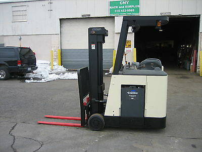 """2007 Crown  Dockstocker Forklift With 2013 Battery 3000# 190"""" Lift,side Shifter"""