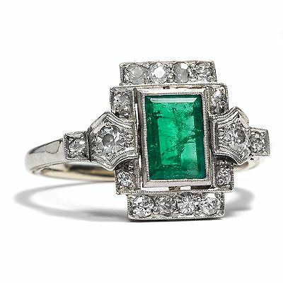 Art Déco um 1925: Platin & Weißgold RING mit Smaragd & Diamanten Emerald Diamond