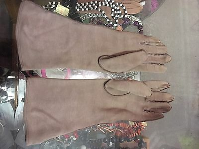 Ladies Vintage Art Deco Style Fawn Fabric Gauntlet Gloves G2