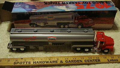 1975 Texaco Toy Tanker Truck new in box (1995 Edition)-NEW