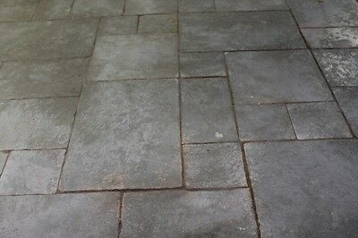 Calibrated Grey Stone Flagstones (Patio Packs 16.3m²)