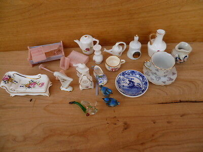Vintage Old Dolls House Furniture, China Miniature Lot, (B543)