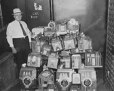 """Police With Collection Of Slot Machines   8"""" - 10"""" B&W Photo Reprint"""
