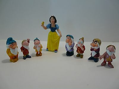 Disney Snow White and The Seven Dwarfs Figurine Playset