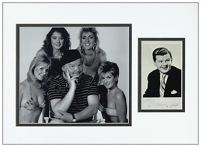 Benny Hill Autograph Signed Photo Display - AFTAL  UACC RD