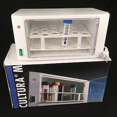 Mini Incubator M - 25 - 45 degrees boxed with rack and thermometer 70700R Swiss