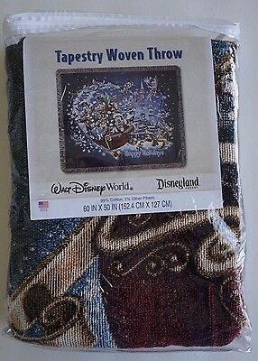 NEW Disney Parks Christmas Holiday Mickey & Friends Tapestry Throw Blanket