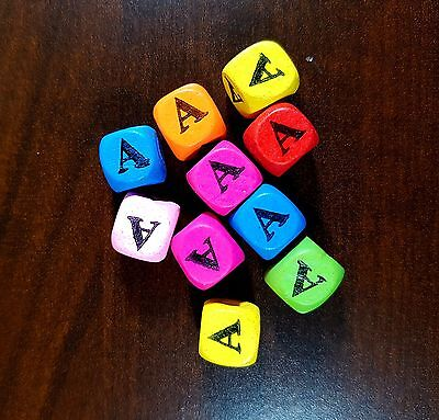 36 Dados letra A madera colores 10 mm cubes dices letter A beads