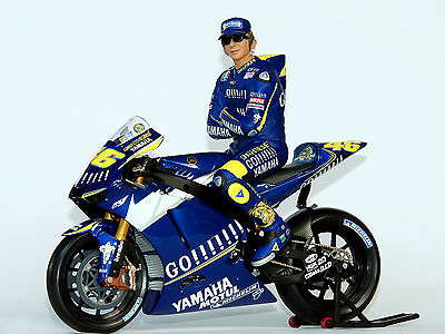 Yamaha m1 2005 + Valentino Rossi Figure 1/12 - Minichamps Limited Edition