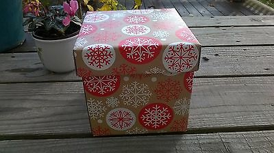 Strong Christmas gift box snowflake pattern lid !!! CAN'T POST TILL 14TH DEC !!!