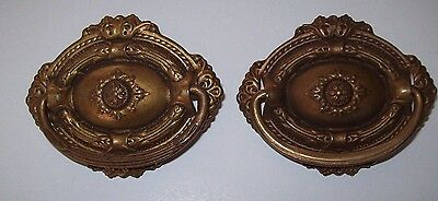 Antique / Vintage  (2) Oval Fancy Drop Bale Drawer Pulls Salvage Hardware