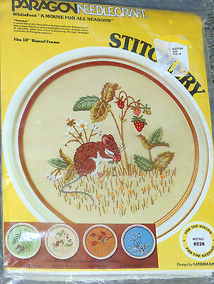 Paragon Needlecraft Whitefoot A Mouse for All Seasons Crewel Stitchery Kit 1978