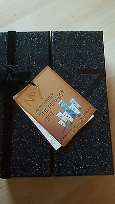 No7 Protect And Perfect Intense Gift Set