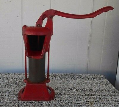Vintage Well Pump Handle     Columbiana Pump Co     Red     Marked     L@@K !!