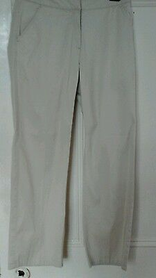 Ladies cream golfing trousers  by Callaway golf size 6