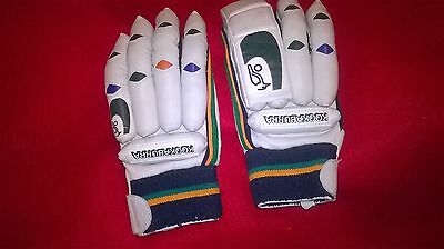 Kookaburra Cricket Batting Gloves Size Youth Right Handed (Special 323)