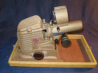 Vintage GoldE 300P Slide Projector Working with case extra bulb and extra lens