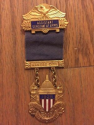 1928 Republican National Convention PRES. HERBERT HOOVER Sergeant At Arms Badge