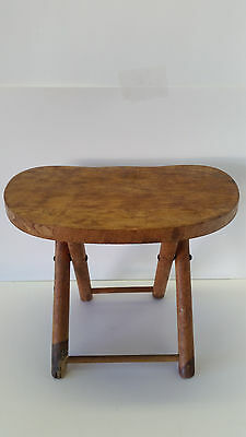 Primitive Nevco Folding Carry Wood Stool Milking Camping Hunting Fold'N Carry