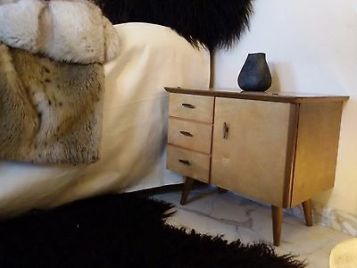 GORGEOUS Mid century Modern Pair of Wood Side Tables Bedsides Nightstands