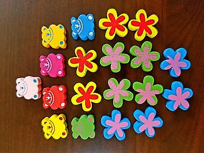Figuras de madera de colores osos flores Wooden figures of colored bears flowers