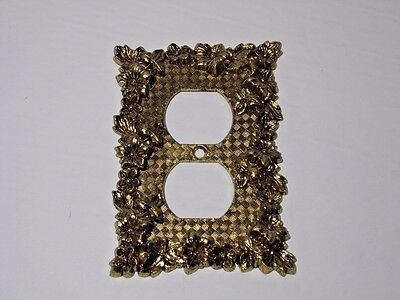 Duplex outlet decorative brass metal Charm-n-style 300 vintage 1970s Canada